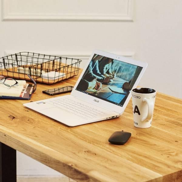 Biurko podnoszone elektrycznie Fly Desk. Blat Dębowy / stelaż Premium do ergonomicznej pracy biurowej