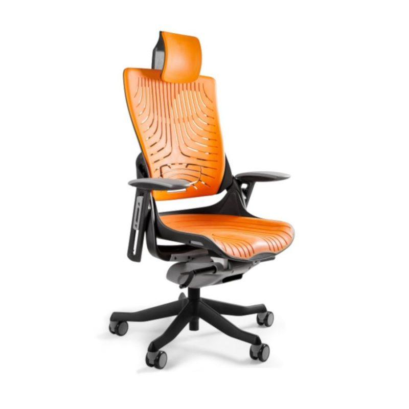 Ergonomiczny fotel biurowy Unique Wau 2 z czarnym stelażem i elastomerem w kolorze TPE-12 MANGO