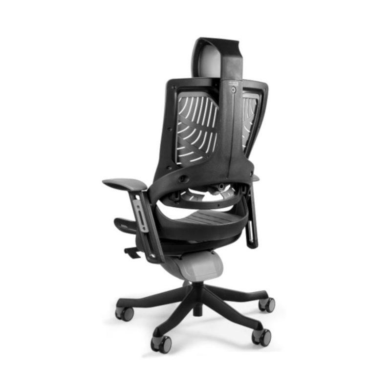 Ergonomiczny fotel biurowy Unique Wau 2 z czarnym stelażem i elastomerem w kolorze TPE-8 SZARY z tył