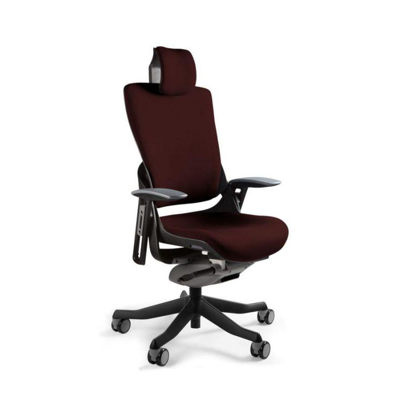 Ergonomiczny fotel biurowy Unique Wau 2 z czarnym stelażem i tapicerką w kolorze BL406-COCOA