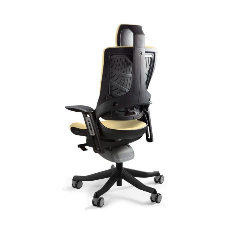 Ergonomiczny fotel biurowy Unique Wau 2 z czarnym stelażem i tapicerką w kolorze BL407-BUTTERCUP z tył