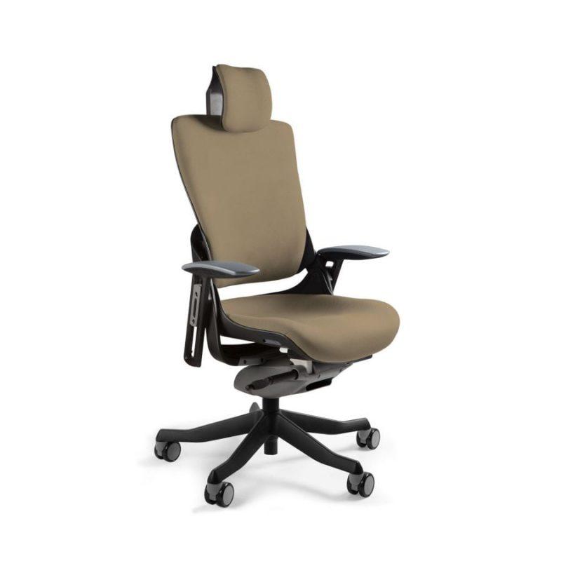 Ergonomiczny fotel biurowy Unique Wau 2 z czarnym stelażem i tapicerką w kolorze BL409-TAUPE