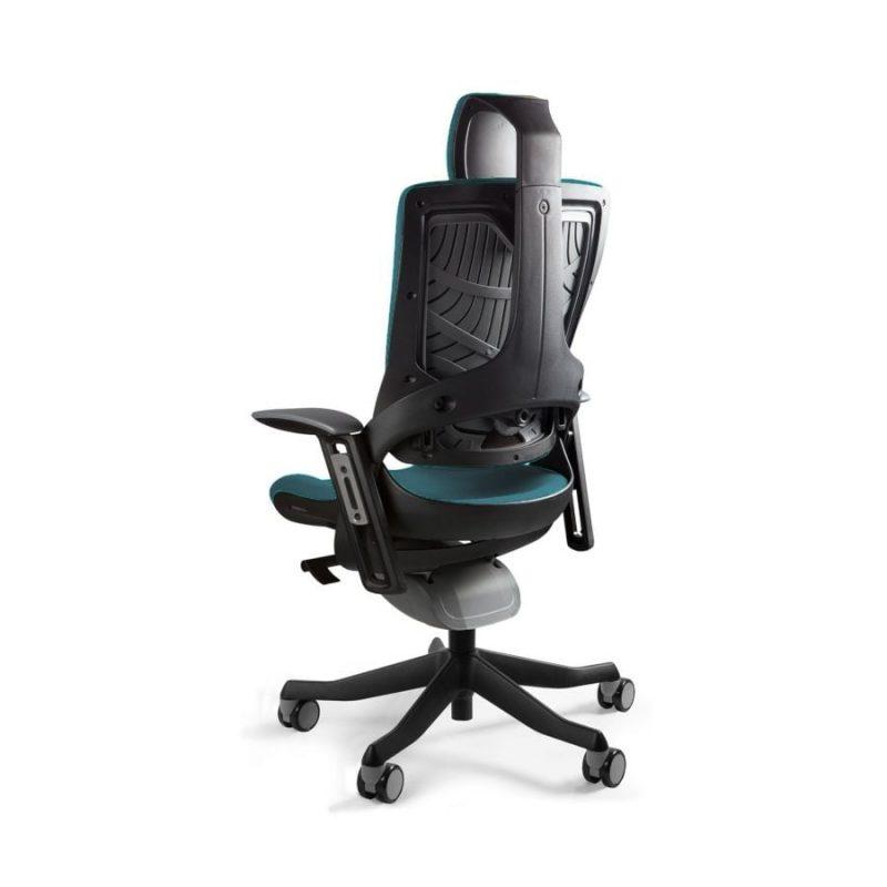 Ergonomiczny fotel biurowy Unique Wau 2 z czarnym stelażem i tapicerką w kolorze BL415-ROYALBLUE z tył