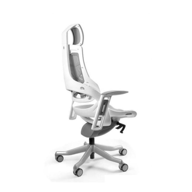 Ergonomiczny fotel biurowy Unique Wau z białym stelażem i elastomerem w kolorze TPE-8 SZARY z boku