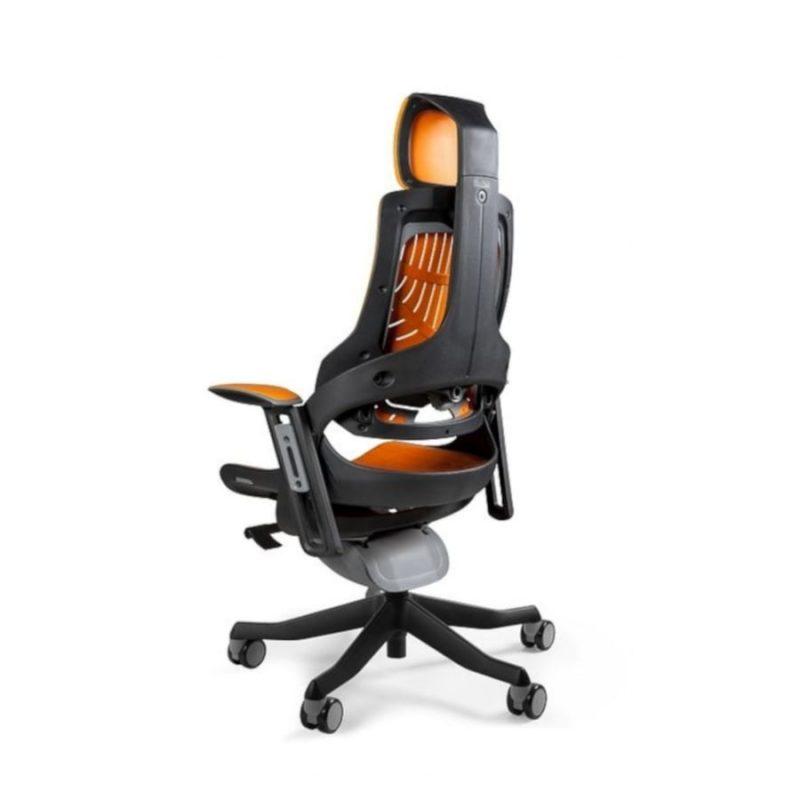 Ergonomiczny fotel biurowy Unique Wau z czarnym stelażem i elastomerem w kolorze TPE-12 Mango z tył