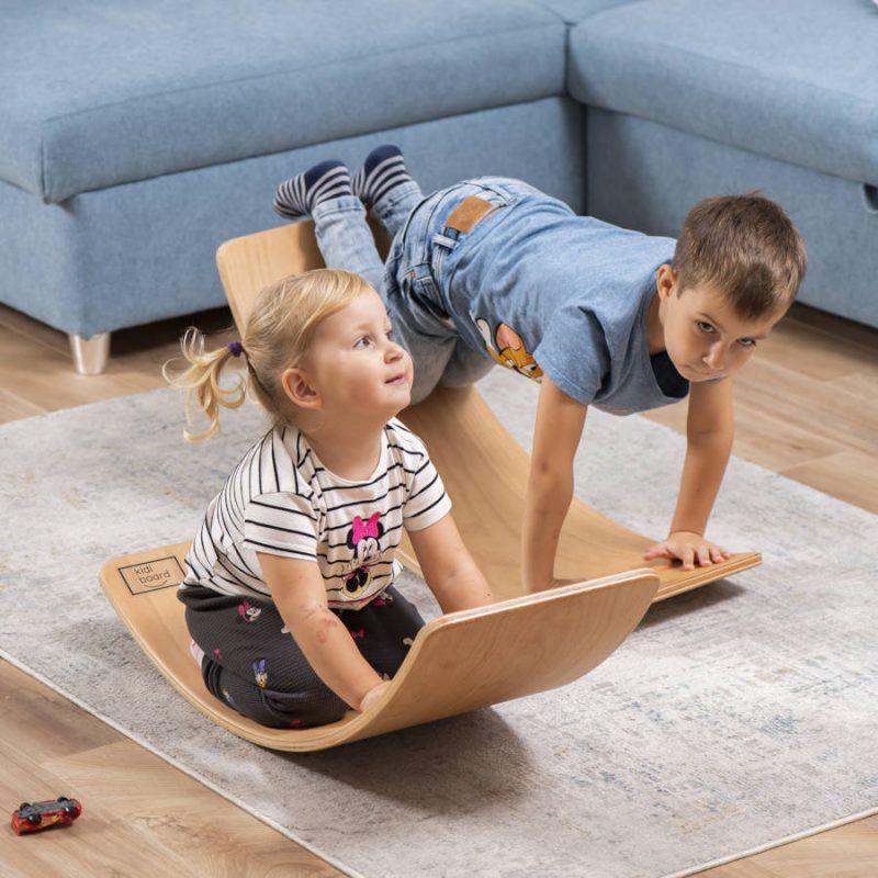 Deska sensoryczna dla dzieci KidiBoard do poprawy koordynacji