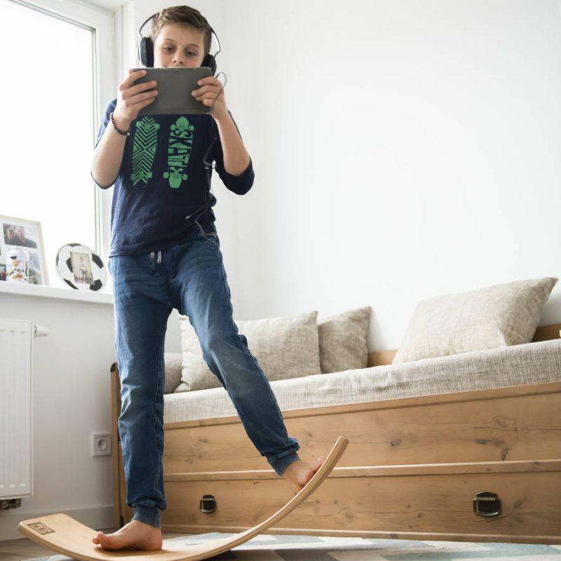 Deska sensoryczna dla dzieci KidiBoard do treningu balansu
