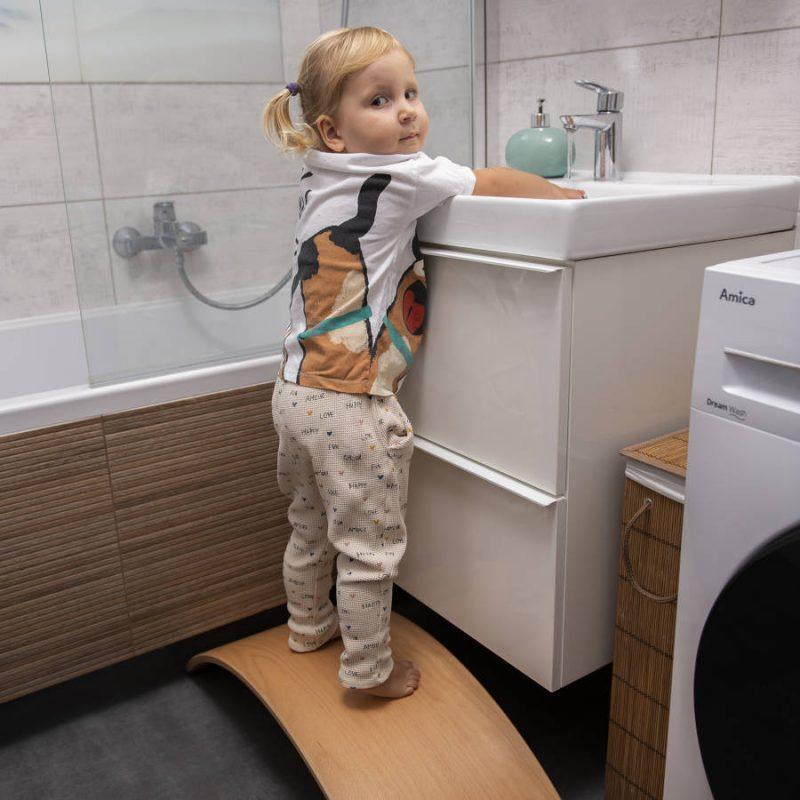 Deska sensoryczna dla dzieci KidiBoard funkcjonalna