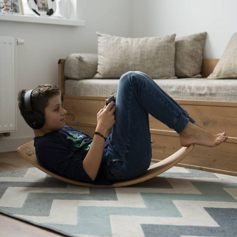 Deska sensoryczna dla dzieci KidiBoard aktywny wypoczynek / zabawa