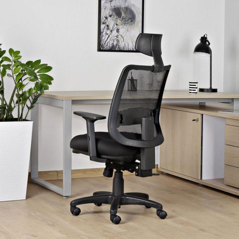Fotel ergonomiczny Unique SAGA PLUS czarna siatka 1219-B-SM01 wizualizacja 2