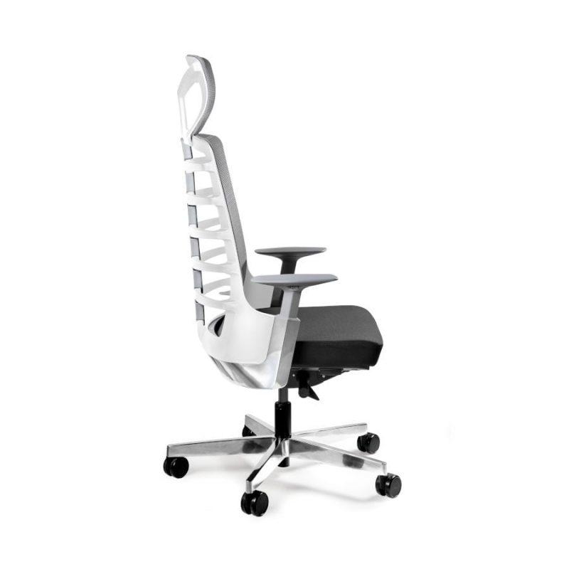 Fotel ergonomiczny Unique Spinelly biały stelaż siatka W-999-W z boku