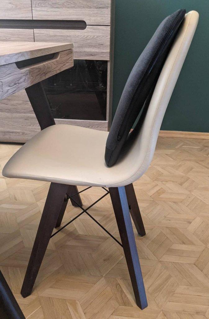 Spina-Bac korektor postawy siedzącej na krzesło. Szwedzka poduszka korygująca