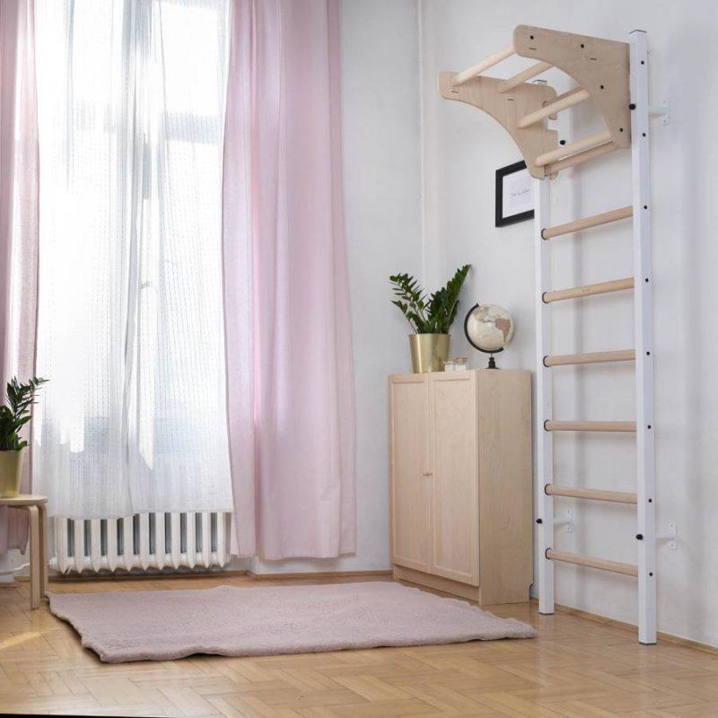 BenchK 211W drabinka gimnastyczna do pokoju dziewczynki